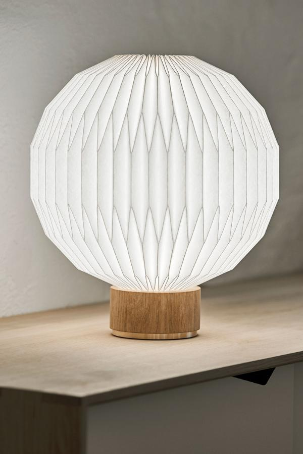 Model 375 - Small bordlampe med papirskærm